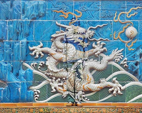 Wall and and the Chinese chameleon and invisible man Liu Bolin City Camouflage